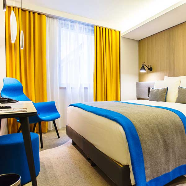https://www.hotel-mercure-paris-batignolles.fr/