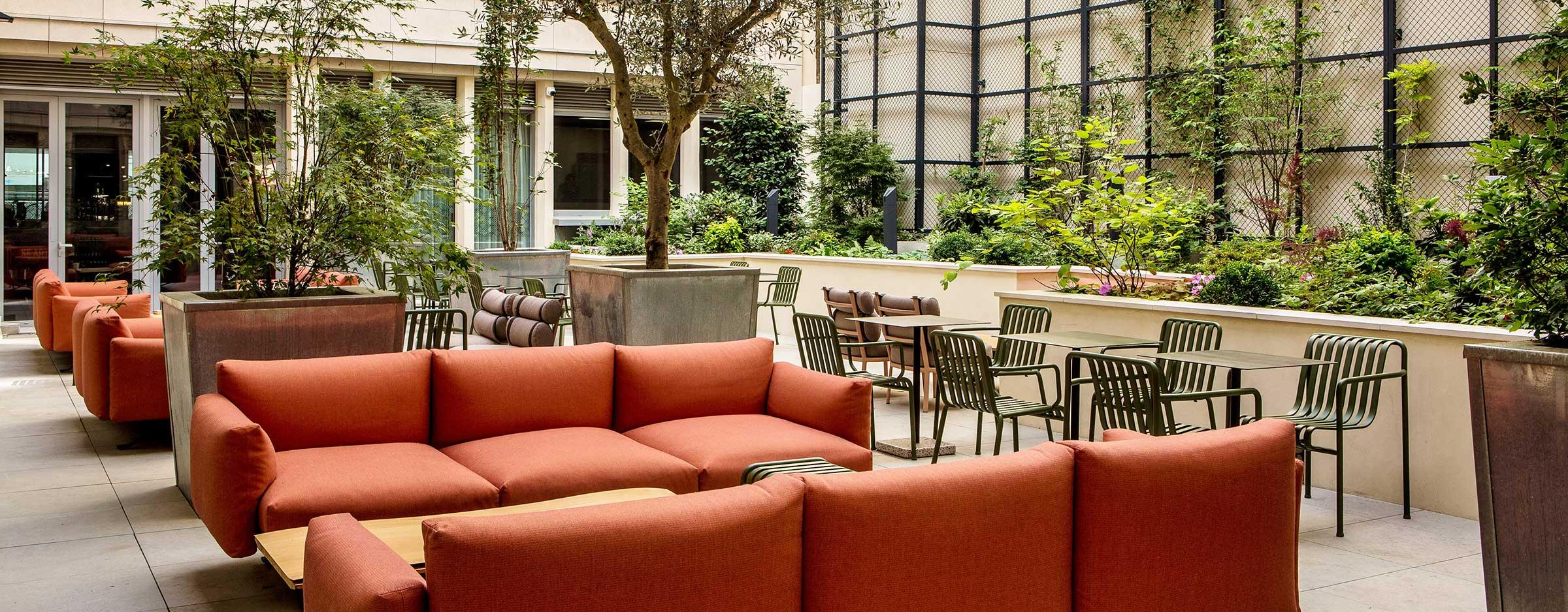 Patio Mercure Paris